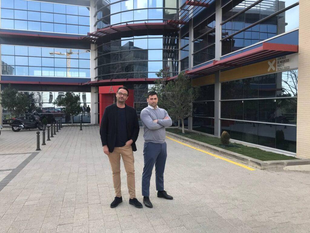 Reinvest branch in Spain